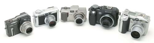 Casio EX-P700, Pentax Optio 750Z, Olympus C-7000 Z, Sony DSC-V3 и Canon PowerShot G6