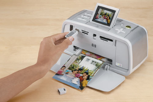 HP Photosmart 475 — струйный фотопринтер формата 13Ѕ18 см, оснащенный встроенным жестким диском и видеовыходом
