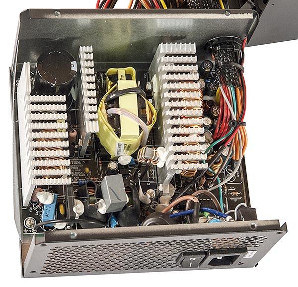 Chieftec  GPE-700S