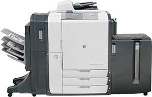 Выпущенное в 2007 году МФУ НР CM 8060 построено на базе технологии НР Edgeline и оснащено четырьмя неподвижными блоками печатающих головок